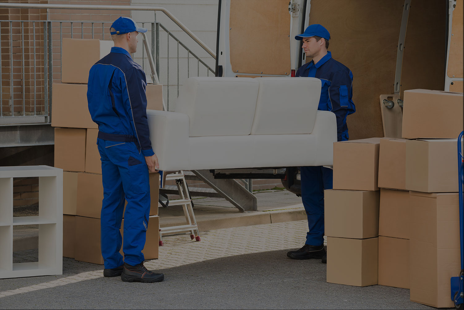 DT Express Moving Company - Do you need an estimate from a Sleepy Hollow NY moving company? We have 25 years of experience, DT Express would be happy to provide you with a competitSleepy Hollow moving company