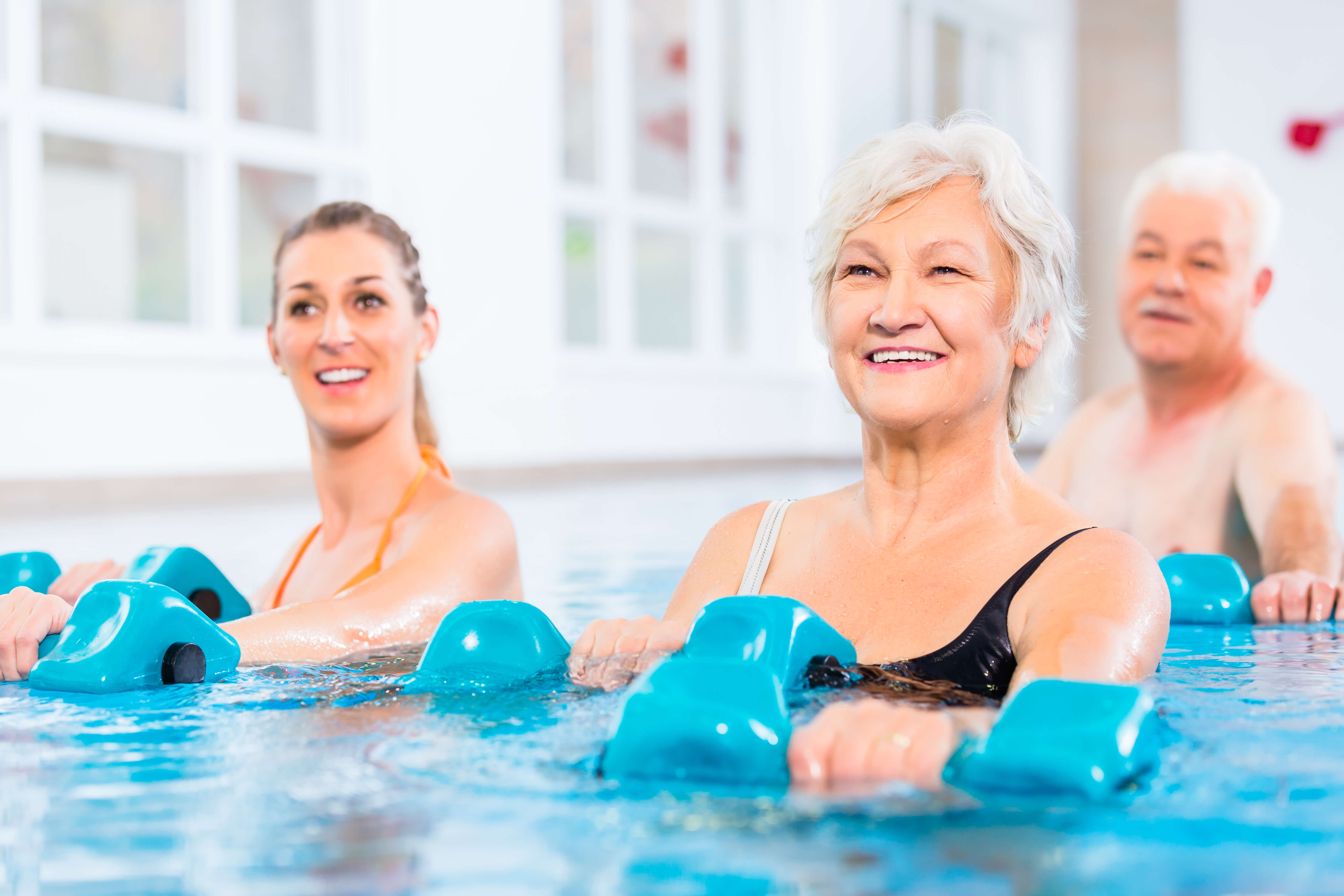 Reasons to Use Aquatic Therapy & Exercises