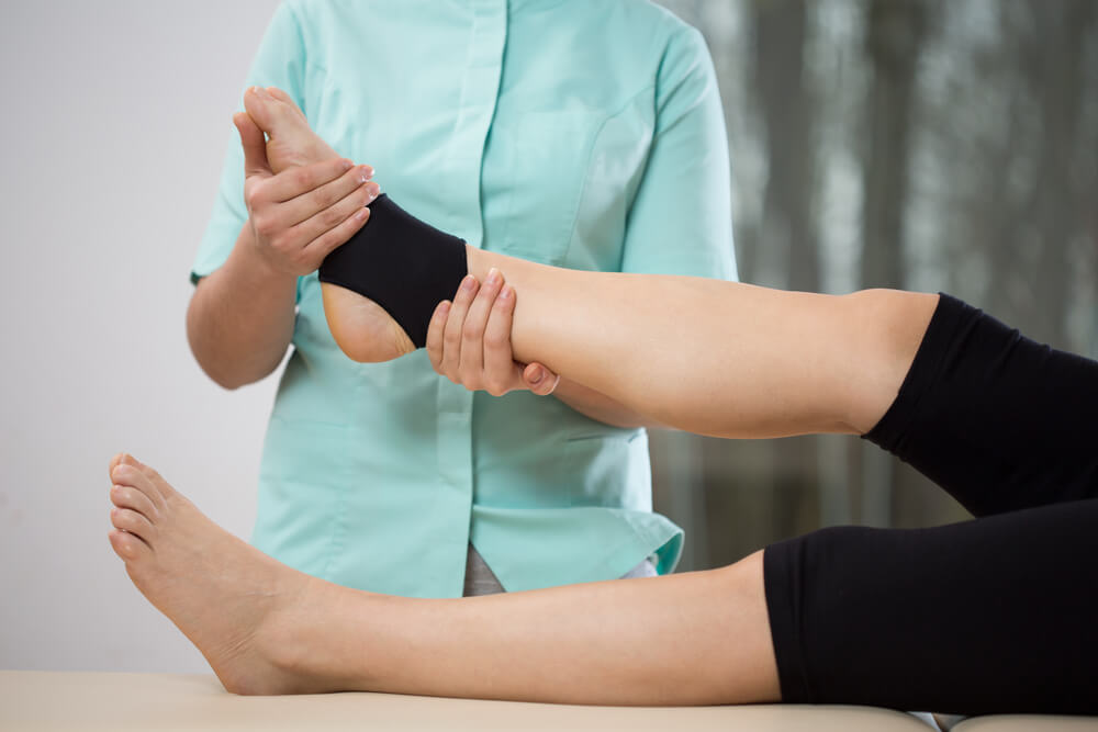 Four Benefits of Physical Therapy for a Sprained Ankle