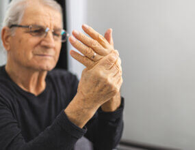 Early Signs of Finger Arthritis
