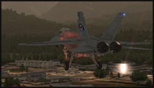 F18 en longue finale pour la piste 15 de Squamish