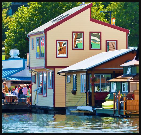 Maison éditée avec Photoshop, Fisherman's Wharf, Victoria, Canada 2014