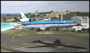 Un MD-11 de KLM arrive à Saint-Martin pour un atterrissage piste 10