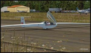 Fin d'un vol de planeur DG-808S à Parry Sound, Ontario (fsx)