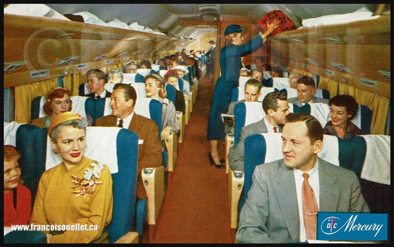 Intérieur de cabine d'un DC-7 Flagship de American Airlines, sur carte postale aviation