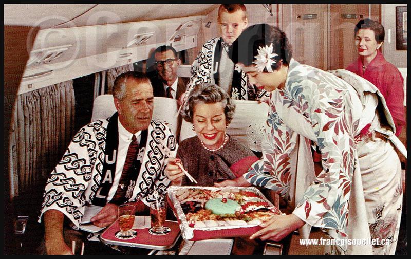 Passagers et service à bord de Japan Air Lines sur carte postale aviation