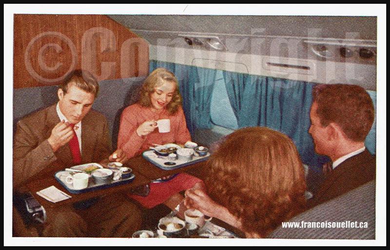 Passagers et United DC-6 Mainliner 300 sur carte postale aviation