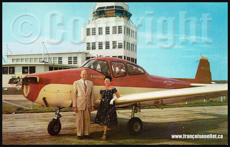 Harry Steele, sa femme et leur Ryan Navion Deluxe sur carte postale aviation