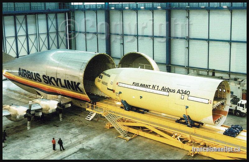 Super Guppy et Airbus A340 et employés sur carte postale aviation