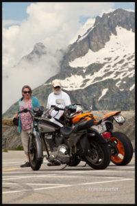 Photographie de rue: un style de moto pour chaque personne et pour chaque âge!