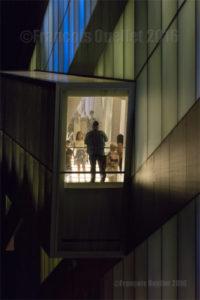 Escalier du Pavillon Pierre Lassonde du MNBAQ le soir du 24 Juin 2016