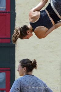 Une acrobate de Québec.