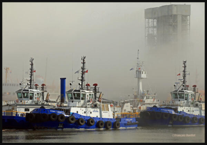 IMG_2343-Remorqueurs-Ocean-et-brouillard-watermark-e1408561969480