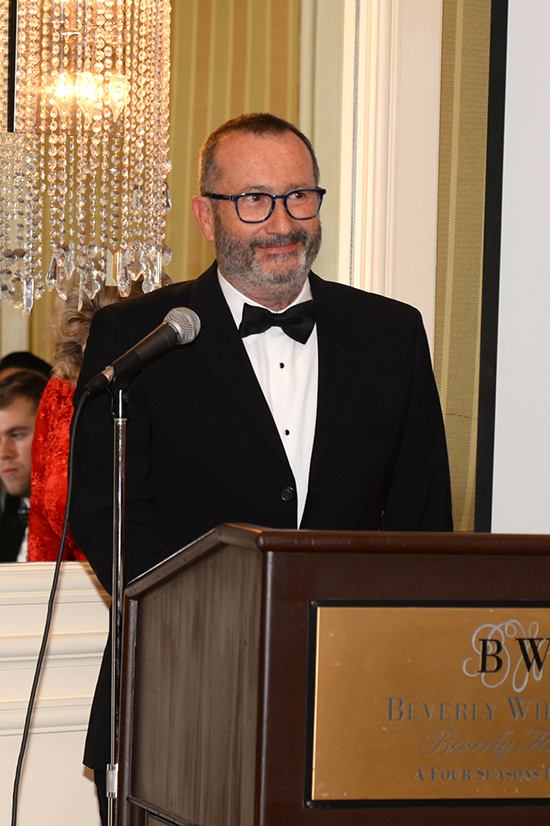 Dr. Robert Aniszfeld