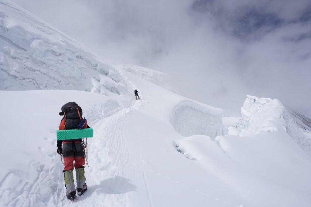Ascending Mt Manaslu
