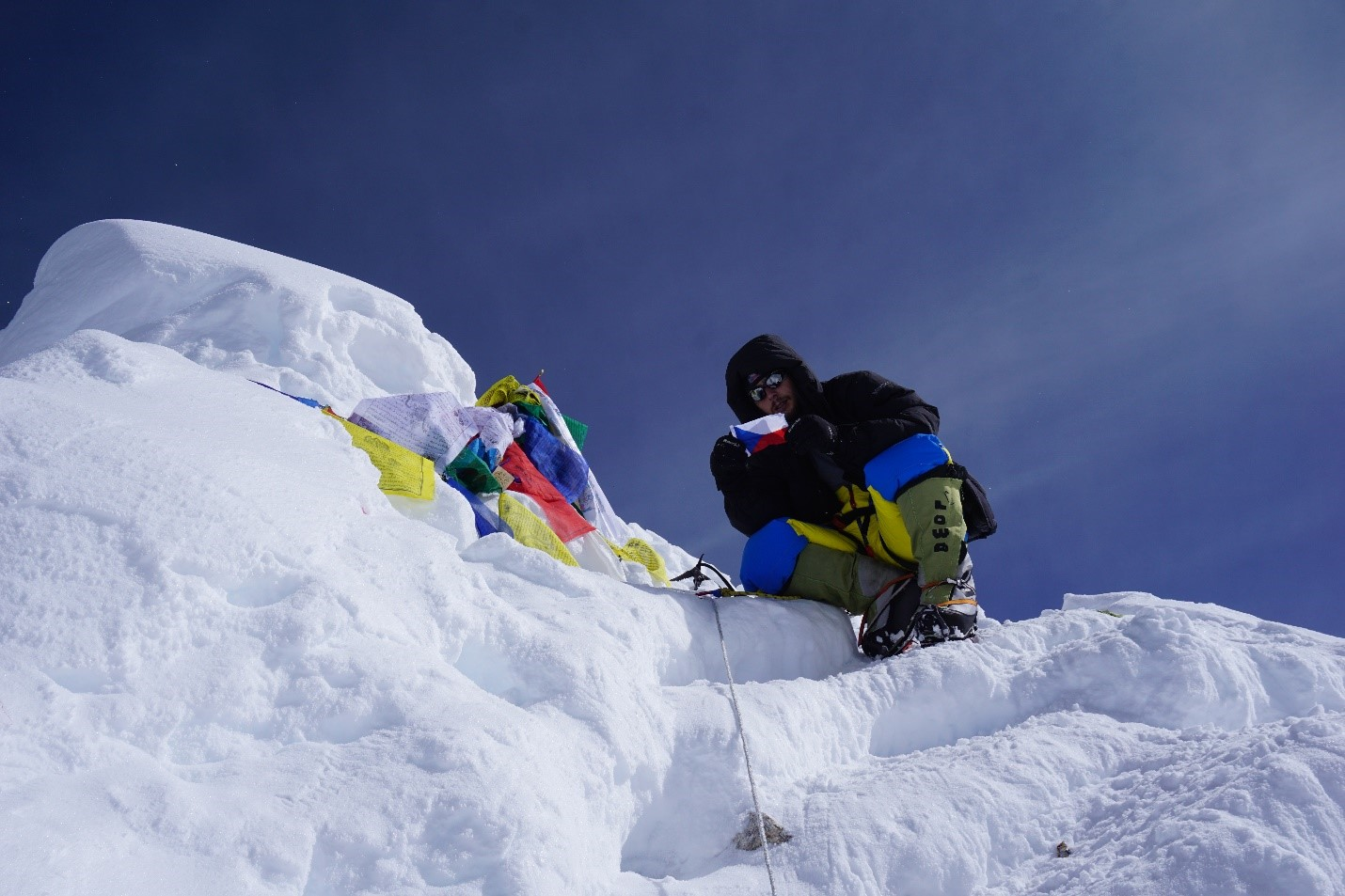 Jan Summits Mt Manaslu