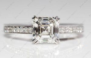 Double Split Claw Settings from James Allen | Engagement Ring Voyeur
