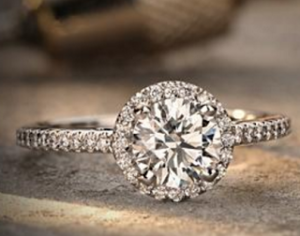 Blue Nile Preset Engagement Rings for a Perfect Holiday Proposal | Engagement Ring Voyeur