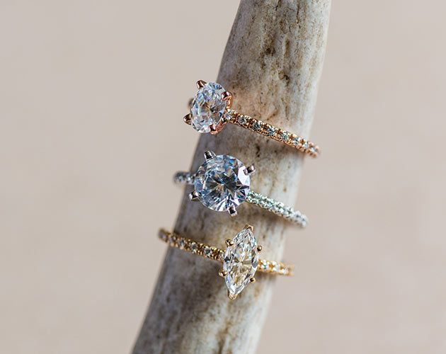 A dainty setting from James Allen