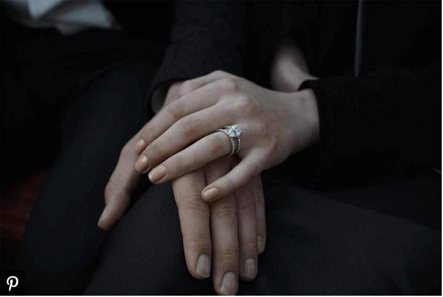 Sophie Turner's Engagement Ring's Body Double   Engagement Ring Voyeur