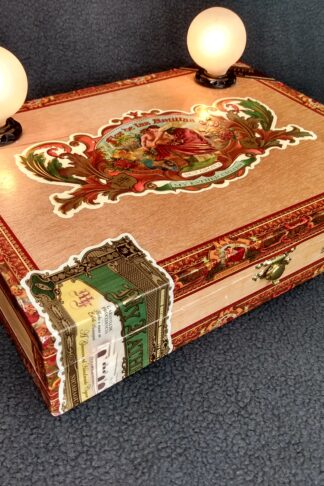 A beautiful cigar box lamp with 2 bulbs. Crafted from a Flor de las Antilles My Father Cigar box.