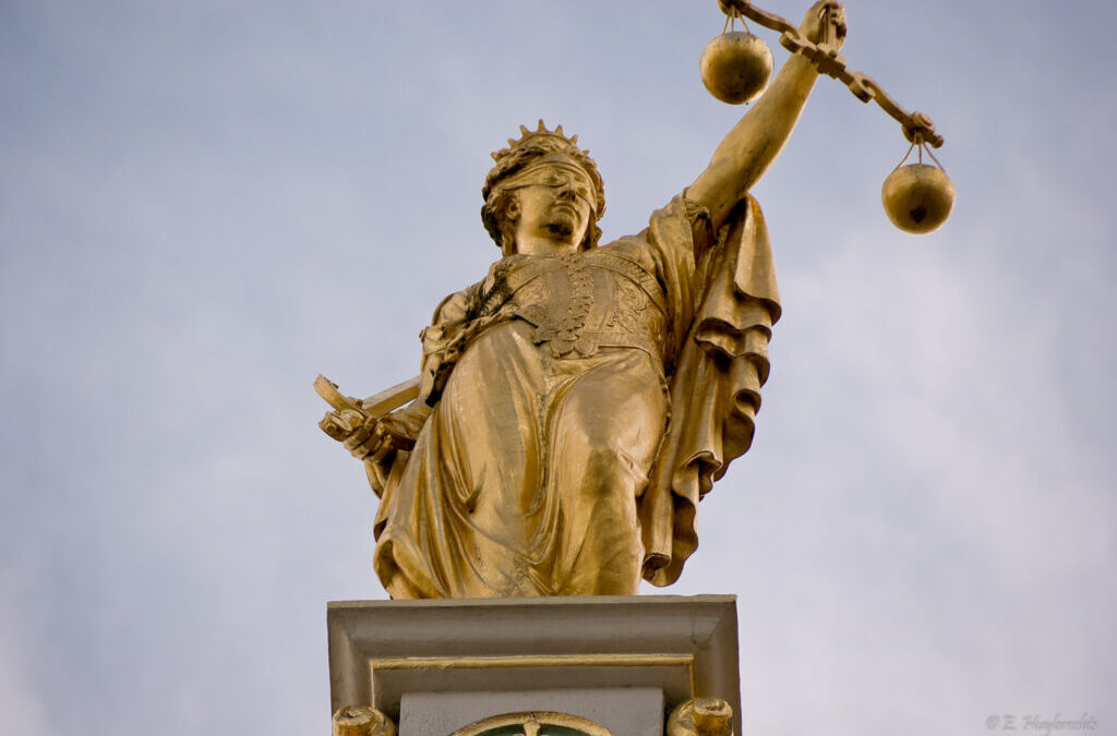 Can I Fire My Personal Injury Lawyer in Calgary, AB?