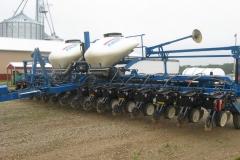 16 ROW FOLDING PLANTER (AGRICULTURAL AND FARM)