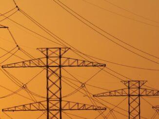 powerlines - Justin Sullivan - Getty Images - Energy News Beat