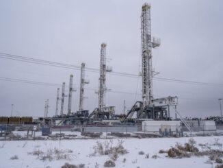 rigs in winter - energynewsbeat.com