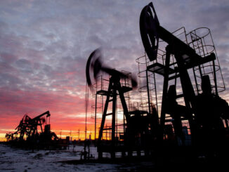 Brent Oil Climbs to $70 a Barrel