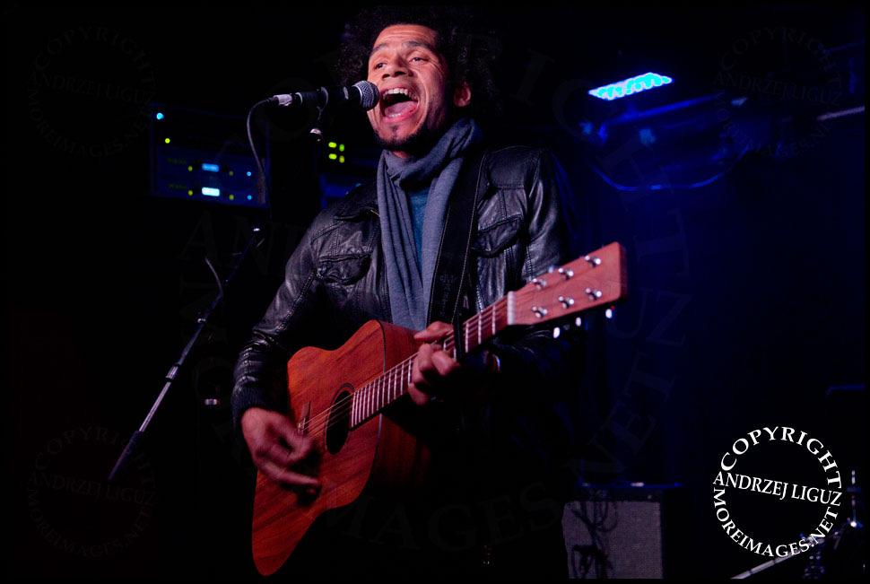 Damen Samuel - Live performance at Santos Party House, NYC - photo by Andrzej Liguz