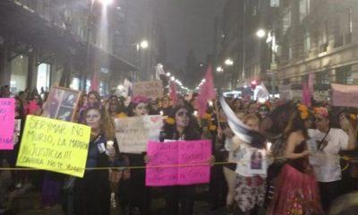 Marchan contra feminicidios en Centro Histórico