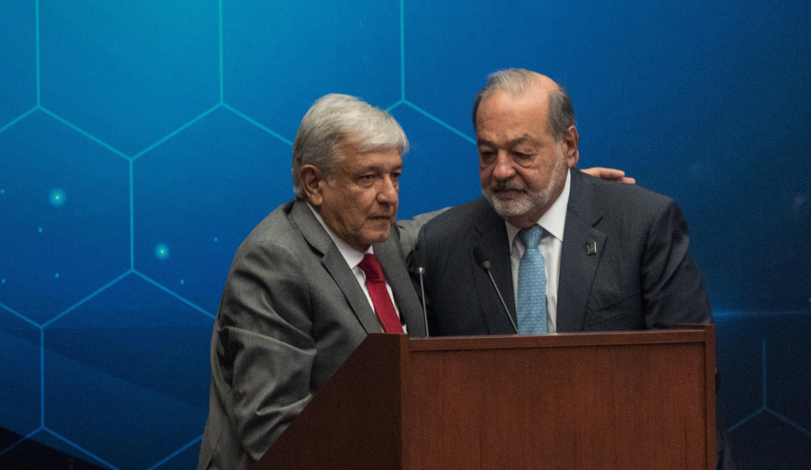 AMLO recibe a expresidentes iberoamericanos y a los Slim