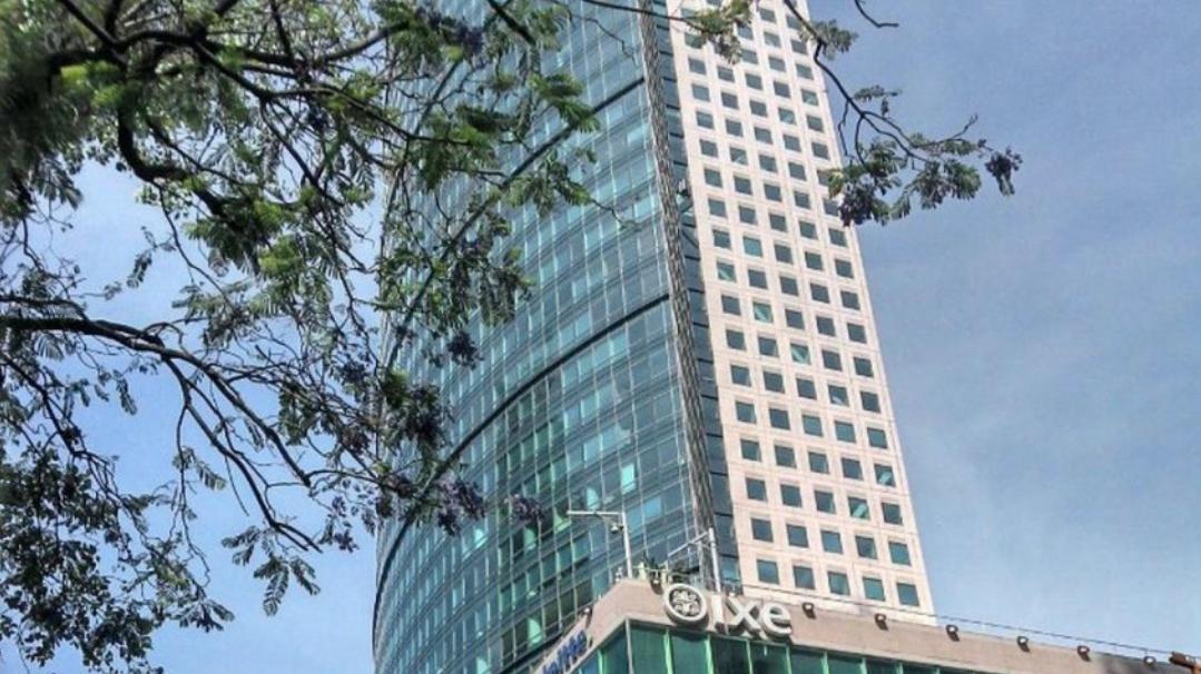 Torre Mayor, Dispara, Pierna, Reforma, Hombre, Piso 51,