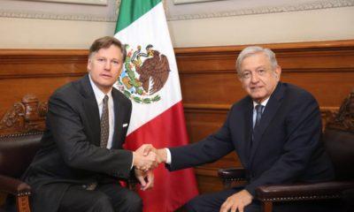 AMLO recibe a embajador de EU; migración, comercio y terrorismo, en la agenda