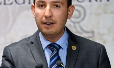 Marko Cortés acusa que la 'contrarreforma' educativa condena al atraso y a la marginación