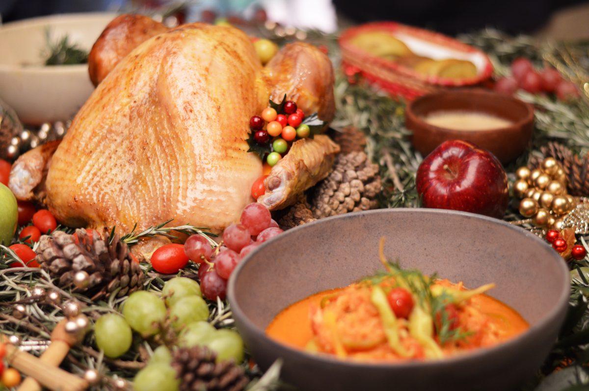 Cómo evitar atracones e indigestión en fiestas de fin de año