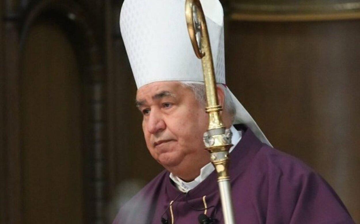 Arzobispo de Monterrey llama a orar por AMLO