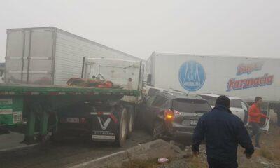 Tráiler provocó carambola de 30 autos en Nuevo León
