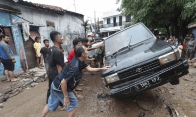 Indonesia, Yakarta, Inundaciones, Lluvias, Torrenciales, Muertes, Asciende,