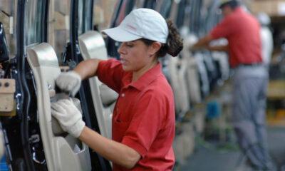 FMI advierte que la pandemia traerá un retroceso laboral para las mujeres