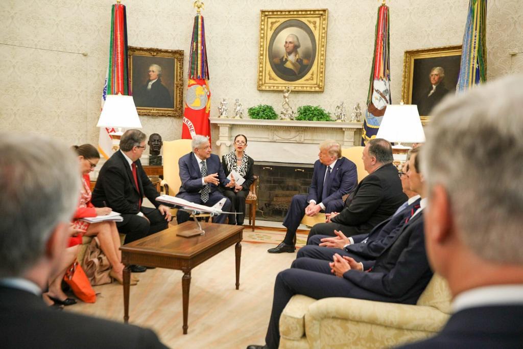AMLO agradece a Trump por respetar a México y a los migrantes en EU