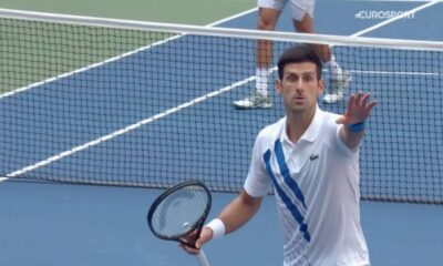 Djokovic descalificado del US Open por golpear a jueza de línea