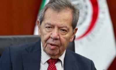 Muñoz Ledo se autoproclama presidente nacional de Morena