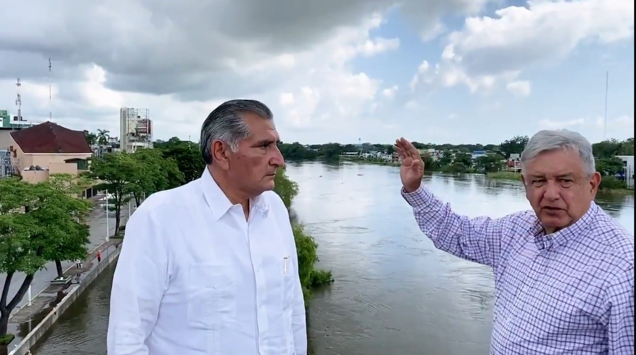 AMLO informa que continúan las labores de apoyo en Tabasco tras inundaciones