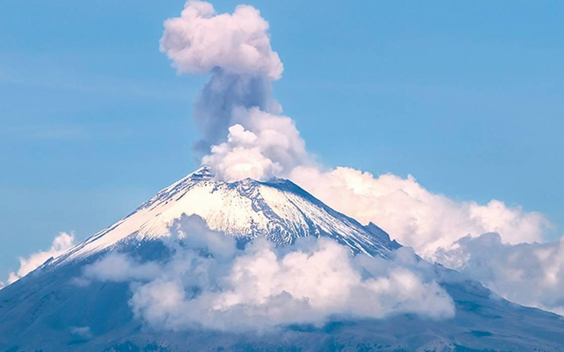 Popocatépetl emite 311 exhalaciones; entra a amarillo fase 2