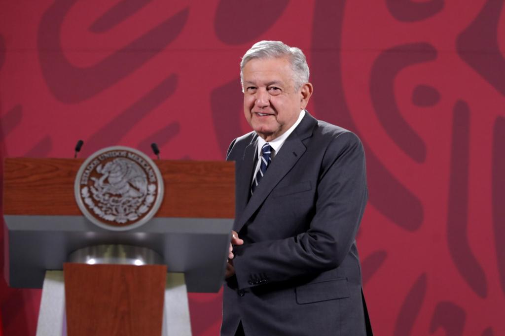 Solo presidente no tendrá aguinaldo, asegura AMLO tras decreto