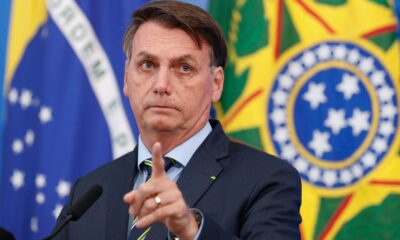 Bolsonaro anuncia distribución gratuita de vacuna Covid-19 a todo Brasil