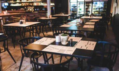 Por alza de Covid cierran en NL los fines de semana restaurantes y supermercados
