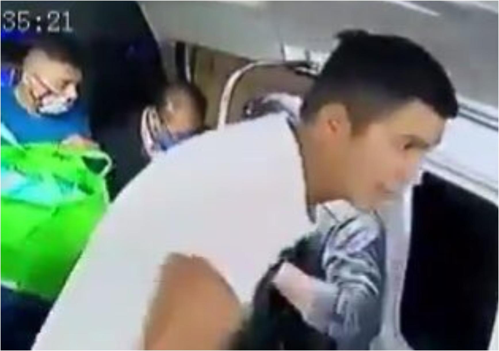 Asalto en transporte público en Ecatepec; reclaman a chofer